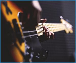 電子音楽に特徴とその相性